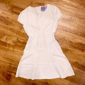 Hervé Leger - White Kaysen Bandage Cocktail Dress